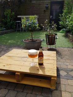 La Trappe Tripel Beer, Outdoor Decor, Table, Home Decor, Root Beer, Ale, Decoration Home, Room Decor, Tables