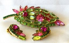 D E Juliana Pink Art Glass Green Rhinestone Tiered Leaf Brooch Pin Earrings | eBay