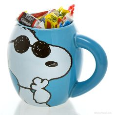 Joe Cool Snoopy Peanuts Candy and Mug Set  http://www.retroplanet.com/PROD/35404