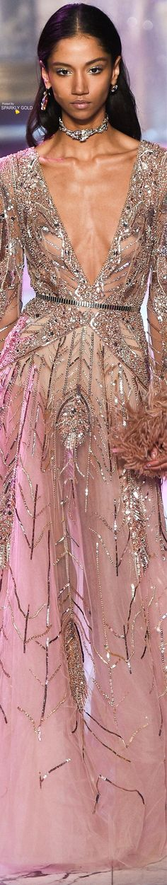 Spring 2018 Couture featuring Highlights from Elie Saab Beautiful Gowns, Beautiful Outfits, Elie Saab Couture, Haute Couture Fashion, Couture Dresses, Runway Fashion, High Fashion, Dress To Impress, Evening Gowns