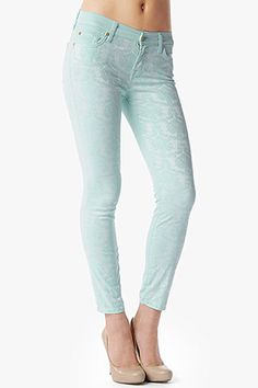 "The Cropped Skinny in Mint Paneled Jacquard (27"" Inseam) #7FAM"
