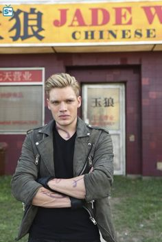 Shadowhunters 1x08 Bad Blood promotional photos