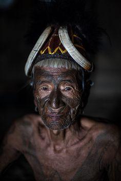 the last head hunters, konyak tribe warrior, nagaland India