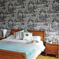 Heals   Cole And Son Cow Parsley Wallpaper By Mary Addington - Wallpaper - Wallpaper - Accessories