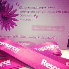 Endomarketing - Campanha feita com sucesso! Para a empresa Resource! - Cordão Rosa+ Cartão para as rosas mais belas da Resource.