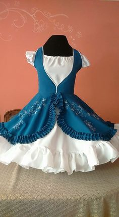 Square Dance, Lets Dance, Sweet Desserts, African Dress, Baby Dress, Beautiful Dresses, Cute Outfits, Disney Princess, Sewing