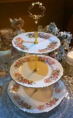 Lovely vintage Colclough 3 tier cake stand & large vintage cake plate/stand green chintz with multi coloured ...