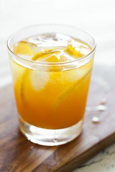 Honey turmeric lemonade