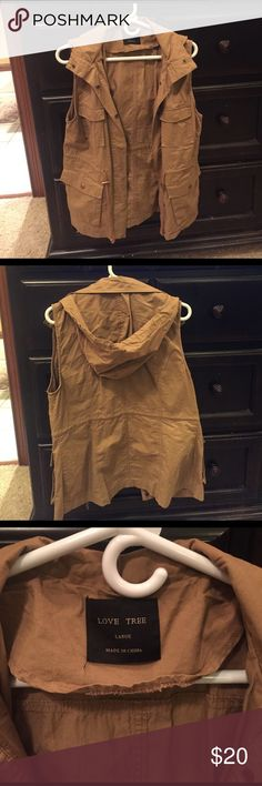 Camel brown cargo vest Cargo vest with snaps and hood also has a string around waste to sinch in waistline  worn once Jackets & Coats Vests