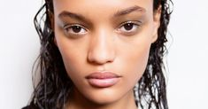 Keep reading for everything you need to know about why your getting pimples on your scalp—and how to get rid of them for good Cystic Acne Remedies, Cystic Acne Treatment, Natural Acne Remedies, Best Acne Treatment, Natural Cures, Herbal Remedies, Natural Hair, Overnight Acne Remedies, Top