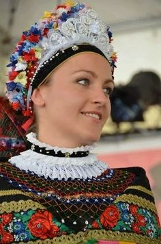 Costume and Embroidery of Sárköz, Hungary Folk Costume, Costumes, Hungarian Embroidery, Folk Dance, People Of The World, Traditional Dresses, Beauty, Beautiful, Hungarian Women