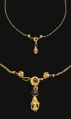 A GREEK GOLD AND GARNET NECKLACE   HELLENISTIC PERIOD, CIRCA 3RD-2ND CENTURY B.C. [with close up of terminals and pendant]