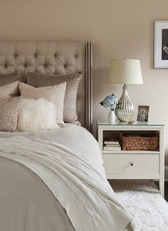 Neutral bedrooms ideas best selling gray paints h o m e bedroom cozy bedroom bedroom decor neutral decorating ideas . Home Interior, Interior Design, Contemporary Bedroom Decor, Contemporary Kitchens, Bedroom Modern, Contemporary Furniture, Neutral Bedrooms, Neutral Bedding, Masculine Bedrooms
