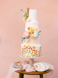 Prepare to obsess over the colors, fashion, and flowers in this Costa Rica wedding - 100 Layer Cake White Springs, Fall Bouquets, Best Wedding Favors, 100 Layer Cake, Cake Trends, Beautiful Wedding Cakes, Spring Wedding, Real Weddings, Wedding Inspiration