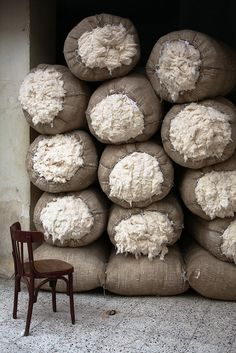 "kilele: "" Bales of Egyptian Cotton Photo by Thomas Leplus Cairo, Egypt "" Egyptian Cotton Sheets, Cotton Fields, Thinking Day, Linen Bedding, Chevron Bedding, Bed Linens, Bedding Sets, Duvet, Ancient Egypt"