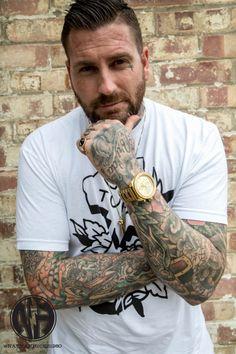 Tattooer Luke Wessman, Tupac tee shirt, gentleman, LAG
