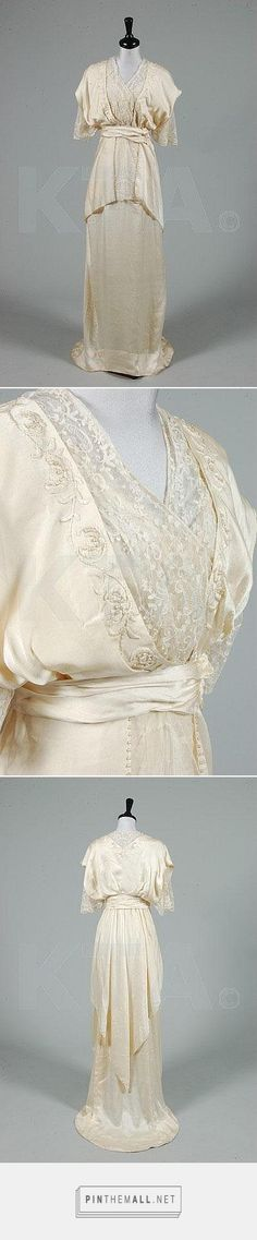 Wedding dress by House of Worth, ca 1913 France, Kerry Taylor Auctions - created on 2015-04-18 00:22:15