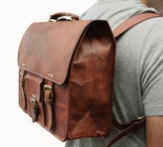 15 Inch Leather Messenger cum Backpack Laptop by LeftoverStudio Leather Backpack For Men, Leather Briefcase, Leather Men, Leather Bags, Diy Backpack, Rucksack Backpack, Messenger Bag, Leather Bag Design, Buy Bags