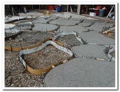 44 magical side yard and backyard gravel garden design ideas 3 44 mag… - Garden Pathway Outdoor Landscaping, Backyard Patio, Outdoor Gardens, Gravel Garden, Garden Paths, Gravel Walkway, Bush Garden, Walkways, Concrete Patios