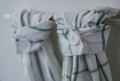 Modify your kitchen towels to fit your kitchen cabin handles