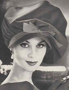 1c50d21f9cd Couture Allure Vintage Fashion  1958 Lilly Dache Hat v