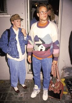 I do believe this is Glenn Close and Woody Harrelson looking very hipstery.