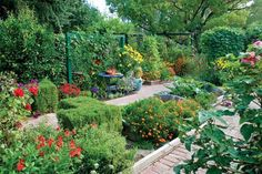 Wise Pairings: Best Flowers to Plant with Vegetables - Article by Rosalind Creasy - MOTHER EARTH NEWS