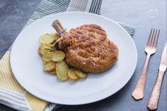 La costoletta alla milanese è un secondo piatto tipico della cucina meneghina, conosciuto in tutto il mondo e semplice da preparare.