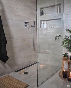 """Purus on Instagram: """"Matt Svart designsluk fra Purus. For et bad!! Cred: @ingerliselille  #baderomsinspirasjon #baderomsdetaljer #baderom #baderomsinspo…"""" Bathtub, Bathroom, Instagram, Standing Bath, Bath Room, Bath Tub, Bathrooms, Bathtubs, Bath"""