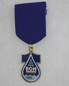 District 8 Councilman Ron Nirenberg's 2015 Fiesta Medal. Photo: JUANITO M GARZA, By Juanito Garza, San Antonio Express-News / San Antonio Express-News