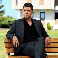 özcan Deniz cök Güzel ❤️❤️ Turkish Actors, Hot Boys, Celebrities, Celebs, Actors & Actresses, Sexy Men, Addiction, Films, Anime