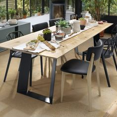 Large bridge kitchen table with wood top made from solid oak surrounded by VINI chairs. Custom Kitchens, Bespoke Kitchens, Cool Kitchens, Kitchen Furniture, Kitchen Interior, Kitchen Design, Schmidt, Made To Measure Furniture, Solid Oak Table