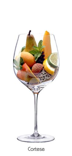 CORTESE  Pear, lemon, lime, netted melon, mint, peach, mango, lychee
