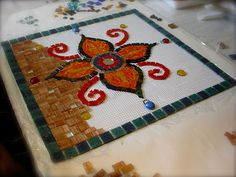 #DIY  How to make a mosaic ; peace by piece via DESIGN THE LIFE YOU WANT TO LIVE @Design The Life You Want To Live