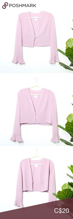 Vintage Front Button Crop Top ▪️Tagged as a women's size 16 but runs small better fit for a women's size large condition ▪️Light lilac colour Tops Crop Tops Lilac Color, Pink Purple, Colour, Plus Fashion, Fashion Tips, Fashion Trends, Front Button, Size 16, Pink Ladies