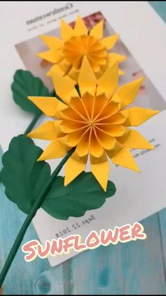 Cool Paper Crafts, Paper Flowers Craft, Paper Crafts Origami, Flower Crafts, Diy Paper, Diy Crafts Hacks, Diy Crafts For Gifts, Easy Diy Crafts, Creative Crafts