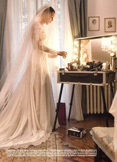 Very famous showgirl Belen Rodriguez, during her wedding backstage with Cantoni make-up station.