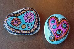 Colorful flower hearts ... by Sabine Ostermann www.facebook.com/pebblesofportugal