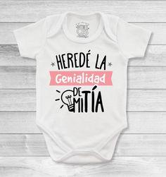 Bodys o mamelucos para bebé con mensajes espectaculares para las tías y tíos más amorosos Family Outfits, Cute Outfits For Kids, Baby Outfits, Cute Kids, Cute Babies, Baby Shawer, My Baby Girl, Mom And Baby, Baby Kids