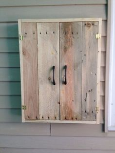 BBQ utensil cabinet made from pallets by desiree