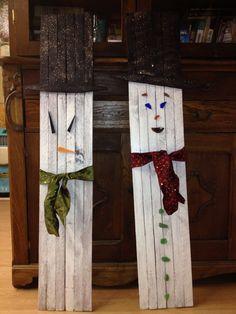Snow fence snowmen Snow Fence, Repurposing, Snowmen, Wood Working, Ladder Decor, Seasons, Christmas, Diy, Crafts