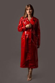 Buy Hollywood Movie Male Celebrity Real Leather Coat, Costume and Jackets at affordable price in USA/UK and Canada at one stop shop Celebrities Outfits. Patent Trench Coats, Red Trench Coat, Leather Trench Coat, Club Monaco, Red Coat Outfit, Rain Fashion, Langer Mantel, Wrap Coat