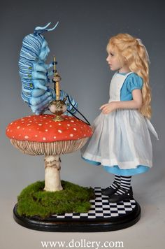 *CATERPILLAR & ALICE - Diane Keeler One of a Kind Dolls At the Dollery