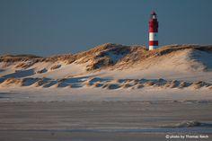 """Insel Amrum """"Ich möchte Leuchtturm sein in Nacht und Wind – für Dorsch und Stint – für jedes Boot – und bin doch selbst ein Schiff in Not!"""" W.Borchert"""