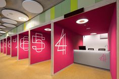 Booths Tax Office Colorful Design Best Photo 01: Booths Tax Office Colorful Design Best Photo 01
