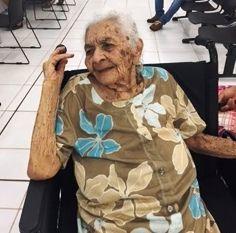 Natural de Rio Formoso/PE, Maria da Conceição Silva nasceu em 1904. Aos 111 anos, foi ao Poupatempo Sertãozinho tirar a 2ª via do RG.  Veja no guia de serviços de nosso portal como manter a documentação em dia: http://portal.conteudo.poupatempo.sp.gov.br/