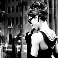 BREAKFAST AT TIFFANY´S - ANUAL DESIGN