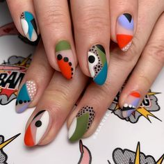 70 Attractive Oval Nail Art Designs and Ideas in 2019 oval Nails 70 Attractive Oval Nail Art Designs and Ideas in 2019 Oval Nail Art, Oval Nails, Minimalist Nails, Nail Swag, Get Nails, Hair And Nails, Color Block Nails, Funky Nails, Nagel Gel