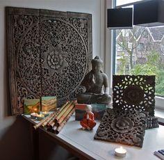 Warm, decoratief: aziatische handgesneden eikenhouten wandpanelen