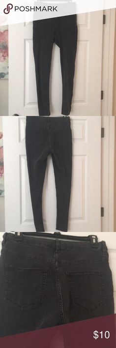 Black/grey wash high waisted jeans High waisted jeans wore a few times and in great condition! Has a stretchier material to them. H&M Jeans Skinny